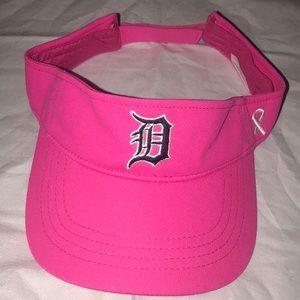 Accessories - MLB Detroit Tigers Breast Cancer Awareness Visor